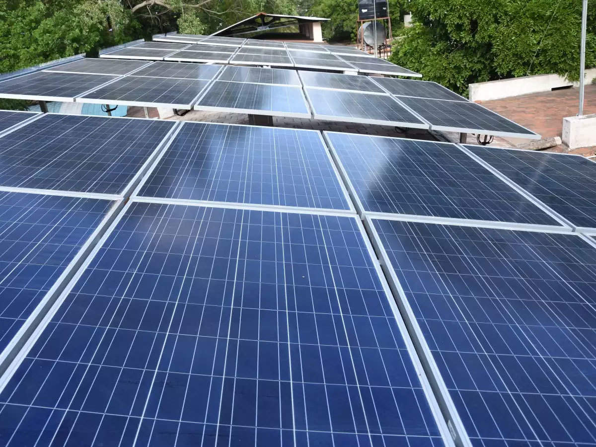 Basic customs duty on Chinese solar imports to be delayed by 15 to 20 days, says MNRE
