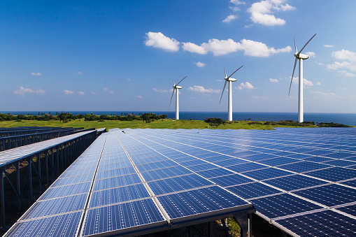 Renewable energy industry asks for increased focus on wind-solar hybrid projects
