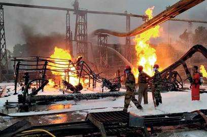 37 hrs after fire ongc hazira starts operation