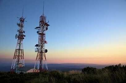 4g spectrum auction ends government nets rs77 814 crore