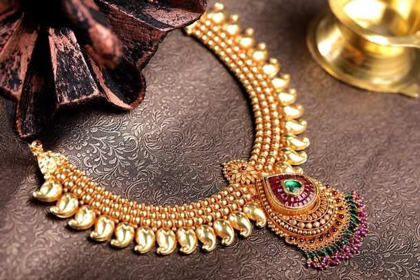a54f424d96dc3 Retail Stores - Kalyan Jewellers aims to double turnover at Rs. 25k ...