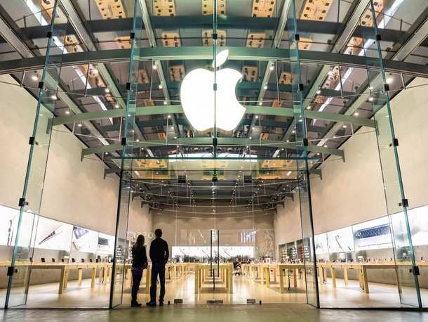 Apple - Apple Music becomes tech giant's top streaming