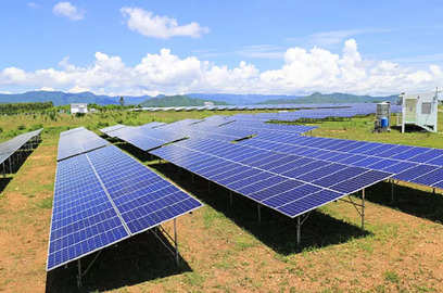 cesl plans to achieve 8 5 gw solar capacity in 5 6 years mahua acharya md