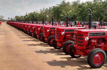 covid 19 spread in rural india to hit auto tractor sales