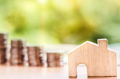 dhfl seeks loan dues of rs 112 crore from pune based landscape realty guarantors