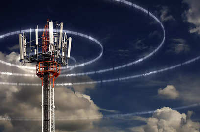 dot gearing up for another mega spectrum sale
