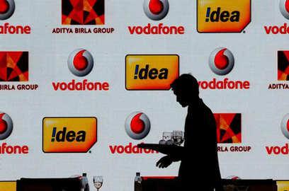 fundraising plans of vodafone idea hit hurdles