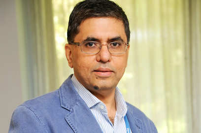 government has to step up spending before it s too late says hul chairman sanjiv mehta