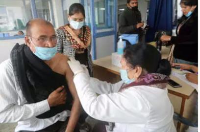 govt oks 24x7 covid vaccination at hosps