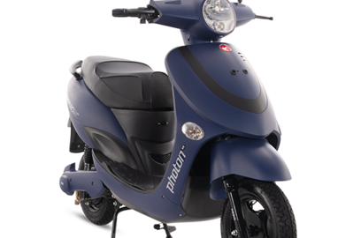 india s biggest electric scooter maker wants 2027 end for petrol run two wheelers