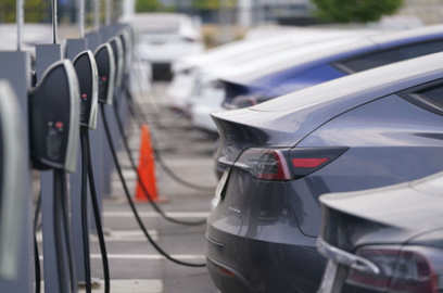 india s electric vehicles face practical technical hurdles