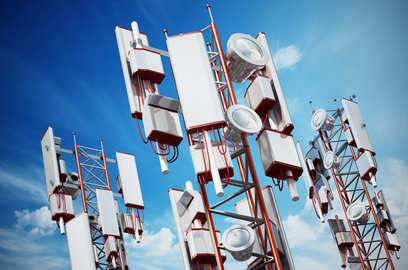 jio airtel vodafone idea ask trai not to intervene in fixing validity spans of prepaid tariffs