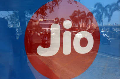 jio partners qualcomm to develop 5g ran