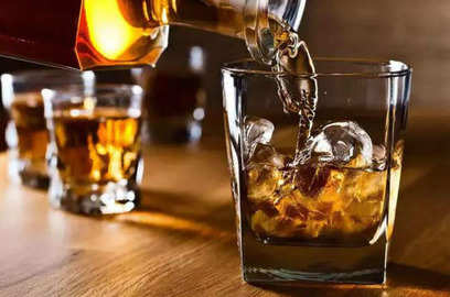 liquor not allowed to be served in hotels restaurants in delhi excise dept