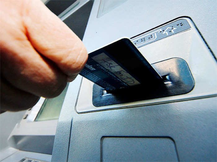 now use your smartphone to withdraw money from atm it news et cio