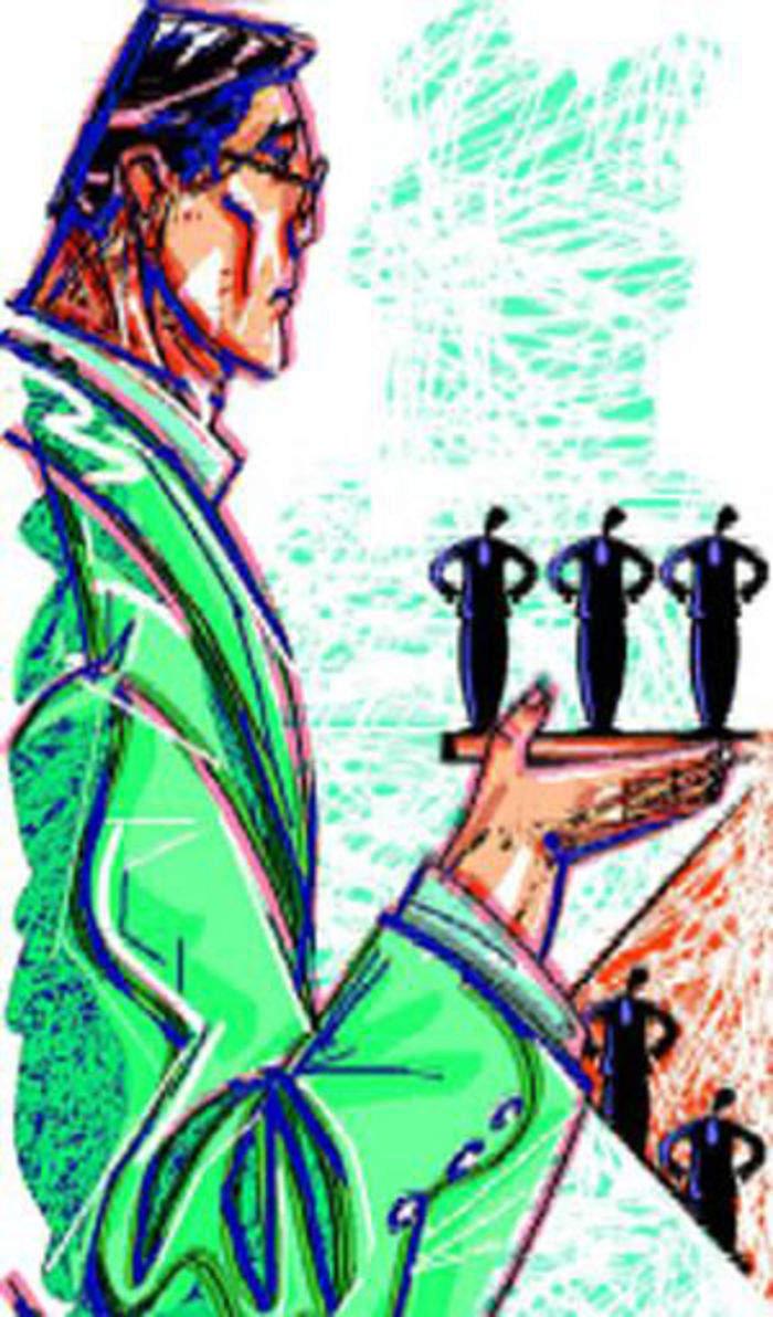 Uidai warns against agencies printing plastic aadhaar cards economic times - E Commerce Hiring Spurt By E Commerce It Companies At Delhi University B School Retail News Et Retail