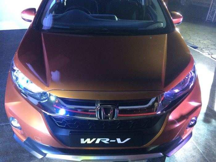 Honda Wrv Comparison Honda Wr V Vs Ford Ecosport Vs Maruti Suzuki