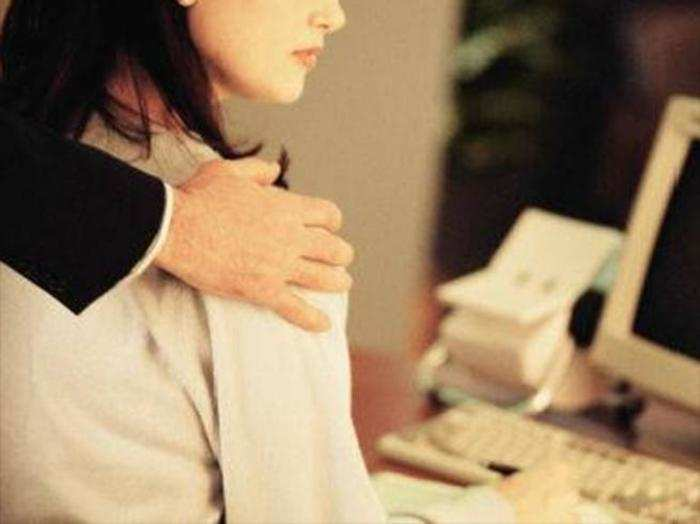 sexual harrasment in the workplace essay What is the definition of sexual harassment in the workplace what is considered sexual harassment in lawyers/usattorneys-com-sexual-harassment-national-essay.
