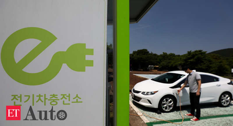 Electric Cars When Will Go Mainstream It May Be Sooner Than You Think Auto News Et