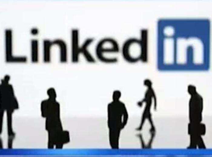 Linkedin Brings Mentor Pairing Native Video Uploads India Head Akshay Kothari