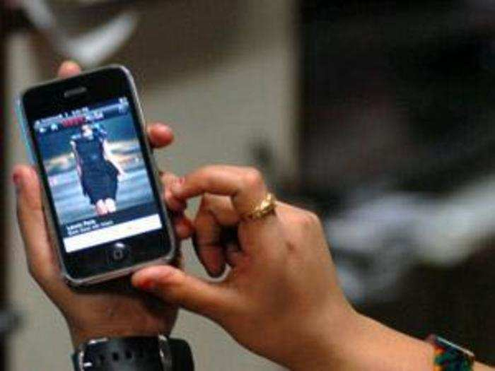 smartphones could be making us dumber