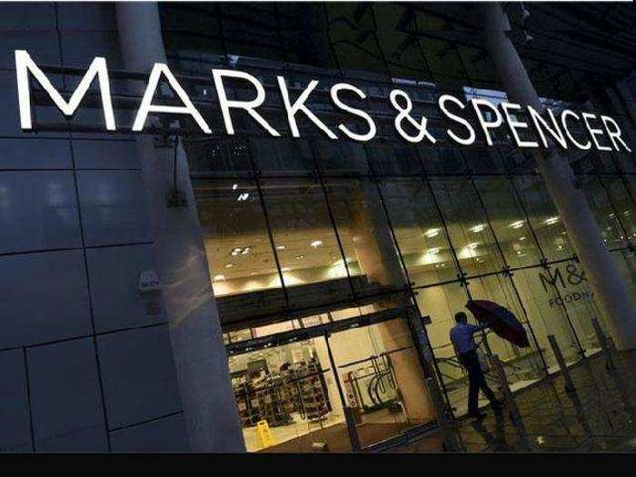 marks spencer competitive advanteges and In order to understand the concept of strategic management, it is important to consider the meaning of the word strategy strategy involves a firm's efforts to gain a competitive advantage over its competitors through delivery of products that are distinctive and unique to them (yoo and choi, 2005) it enables.