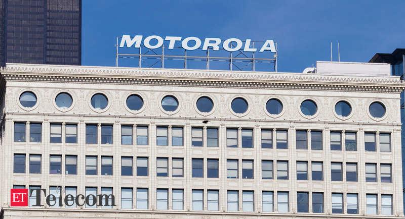 Motorola Razr foldable to debut before 2019 end: Report - ETTelecom.com thumbnail