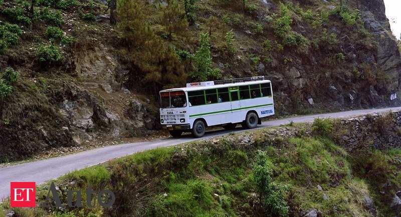 Uttarakhand Transporters Facing Financial Crisis Uttarakhand Transporters Start Surrendering Vehicles Auto News Et Auto