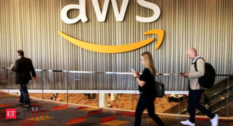 Amazon Web Services again leads global Cloud infrastructure market in Q4 2020 - ETTelecom.com