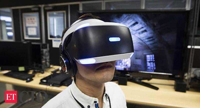VR headset: Missing the moment: Virtual reality's breakout still elusive, IT News, ET CIO