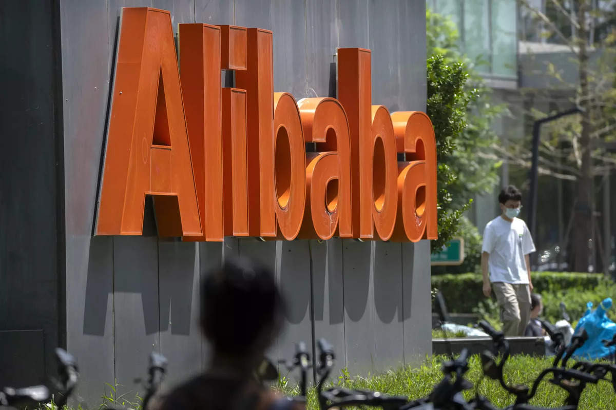 indiatimes.com - {'@type':'Thing','name':'ET Retail','url':'https:////retail.economictimes.indiatimes.com'} - Alibaba has lost $344 billion in world's biggest wipeout - ET Retail