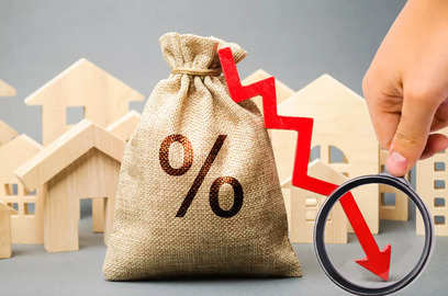 noida authorities will incur rs 7 500 crore loss due to sc s interest rate order