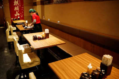 restaurant industry contracts 53 due to pandemic nrai