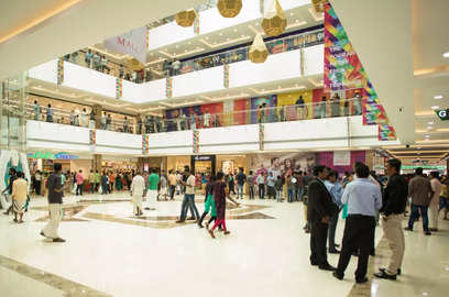 sales rebound retailers start paying out more to malls