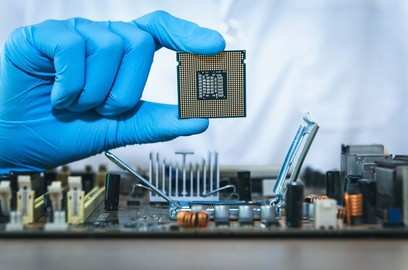 semiconductor shortage to hurt car makers q2 fy22 volumes by 1 lakh units rs 10 000 crore in revenues