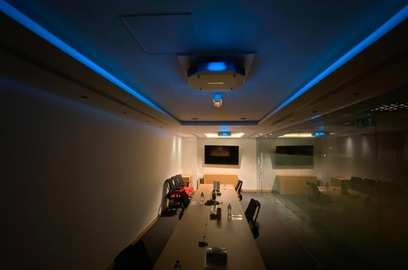 signify and honeywell team up to deploy integrated lighting solutions