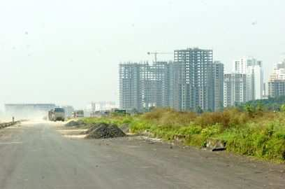 uttar pradesh nearly 900 incomplete projects get six more months to finish